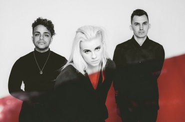 PVRIS-2017-cr-Eliot-Lee-Hazel-billboard-1548